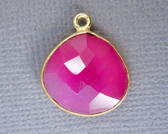 Hot Pink Chalcedony Station Drop Pendant- 14mm Gold Vermeil Bezel Single Bail Charm Pendant  (S14B17-11)