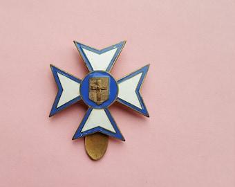 Vintage copper Maltese Cross Brooch, Maltese Cross Brooch with crucifix with Sacred Heart, croix de saint jean.