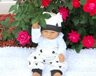 Organic Baby leggins, Baby Pants, White, Black Diamonds, Certified Organic, Baby Shower, Size 0-3 Months