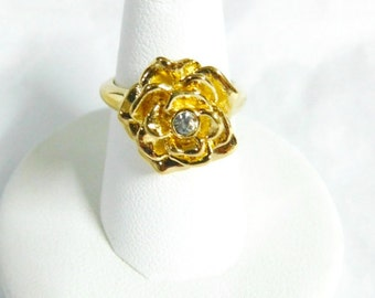 Vintage Avon SCULPTURED ROSE COLLECTION Flower Ring with Rhinestone, (Size: 6)   (e)