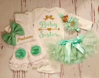 Baby Girl Coming Home Outfit, Baby Girl Clothes, Personalized, Newborn, Baby, Outfit, Name, Take Home Outfit, Newborn, Hello World, Bodysuit