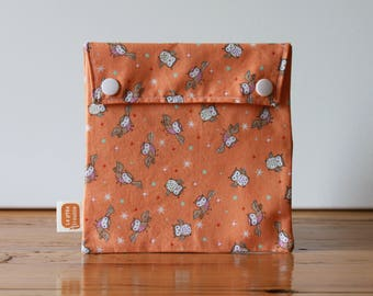 Reusable sandwich bag, reusable snack bag, fabric bag with Owls in orange print [#206], eco friendly, no waste lunch, washable, ProCare