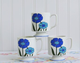 Flowered Mugs/ Blue and Green Floral Cups/ Collectible 70's/ Mid Century Modern/ Kitchen Mugs/ Retro