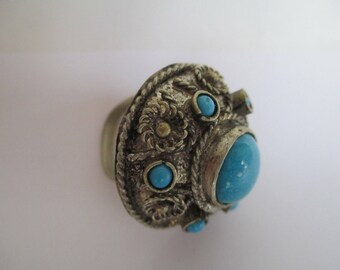 Vintage Ring - Very Old - Turquoise - Metal Design Work - Boho - Old Fashioned Adjustable Bendable Ring