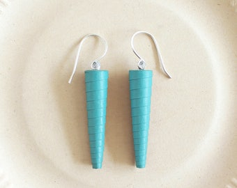 Turquoise blue earrings • Fluorescent blue earrings • Mint blue earrings • Long blue earrings • Turquoise spike earrings • Dangle earrings