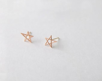 gold star earrings, shooting star, solid gold earrings, small star stud earrings, rose gold earrings, tiny studs, solid rose gold earring