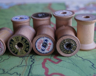 Little Wooden Spools Vintage & Varied Assemblage Craft Supply / Small Thread Spools Printed Stamped Worn / Vintage Farmhouse Sewing Basket