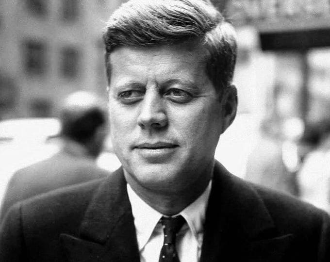 John F. Kennedy 35th President of the United States - 8X10 Photo (AA-401)