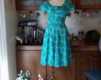Beyond the Blue Horizon Vintage 1950's Day Dress