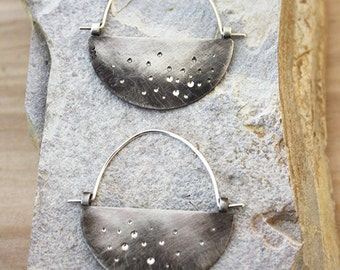 Brilliant Shine Hoop in Oxidized Silver