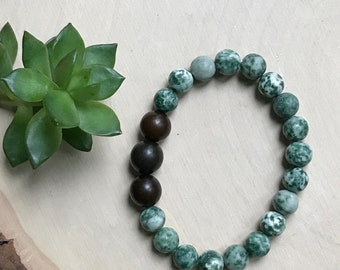 Tree Agate Bracelet - Crystal Bracelet - Earthy Jewelry - Crystal Jewelry - Chakra Bracelet - Stretchy Crystal Bracelet - Green Gemstone
