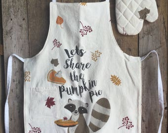 """Child's Apron and Oven Mitt - check measurements 4+ (child in photo is 3'11"""") Let's share the pumpkin pie"""