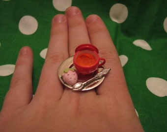 Strawberry Shaped Cookie and Tea Ring