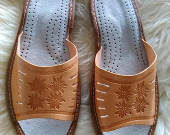 SALE! Leather slippers | slippers | leather shoes | handmade slippers | leather sandals | Handmade Moccasins | Organic leather slippers