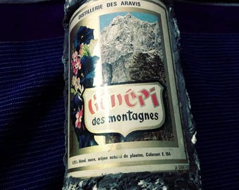 Génépi des Montagnes Liqueur in Stony Bottle