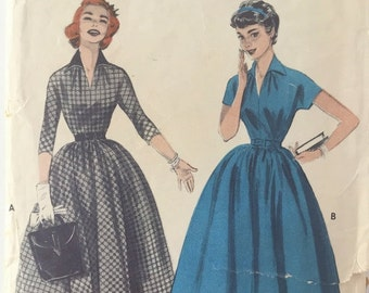 Butterick 7123 Pattern, Vintage Junior Dress with Full Gathered Skirt 1950's, Bust 29