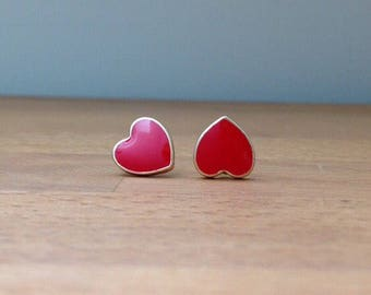 Red heart gold stud earrings