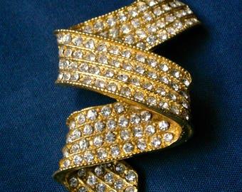 Vintage Pave Rhinestone Ribbon Brooch 90s Elegant Sparkly Encrusted Rhinestones Pin