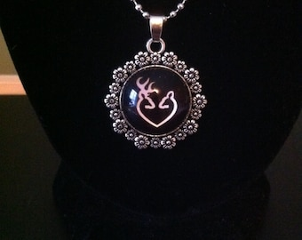 Couples Browning Necklace black