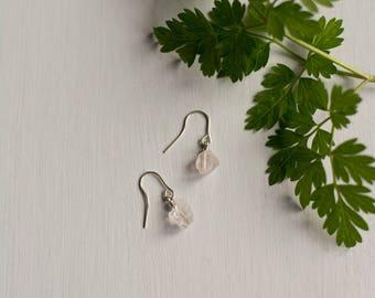 Raw Rose Quartz Earrings, dainty raw stone, raw crystal earrings, tiny gemstone earrings, crystal earrings, raw pink crystal, rose quartz