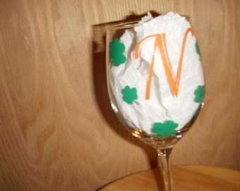 Shamrock personalized Wine Glass