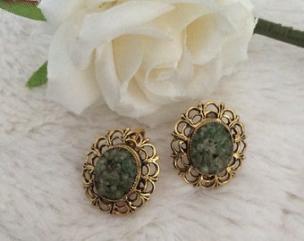Vintage Gold Tone Clip on Oval Earrings, Jade chips, Green Stone Jewellery.