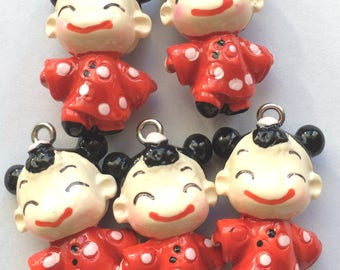 Japanese girl charm in resin for customization