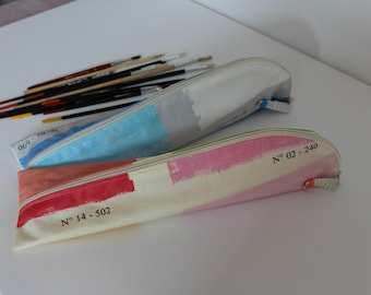 Kit for artist brushes / case / pouch / / gift for Christmas for a painter oilcloth / painter Palette