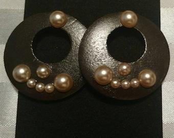 Deep brown earrings with pearls