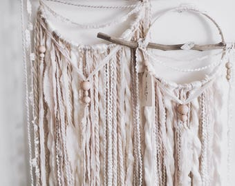 Boho Macrame | Dream catcher | Wallhanging | Dreamcatcher | Bohemian | Boho Style | Minimalist Decor | Neutral Decor | Cream Wallhanging