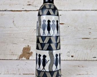 Haut Vintage signé motif fleur Vase en céramique, poterie des lignes femmes