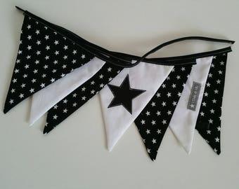 Black Stars Bunting Garland white