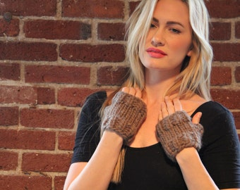 Moxie Mitts Knitting Pattern