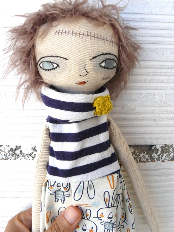 Zombie cloth doll in cotton and linen. 35 cm. Halloween doll. Died in 2014