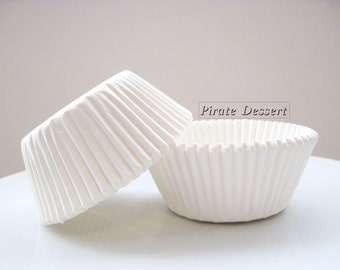 CUPCAKE LINERS, White Cupcake papers - Standard cupcake pan liners - Birthday -  Baby Shower - Wedding Cupcakes  (White) (24 liners)