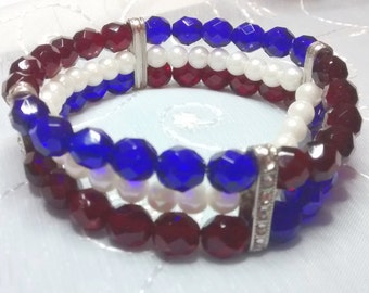 Patriotic Stretch Bracelet, Holiday Stretch Bracelet, Czech Crstal Bracelet, Fourth of July Bracelet, Red, White & Blue Bead Bracelet