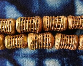 8 beads African brass BB13