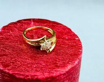 Diamond Ring 9ct Gold Flower Bezel 0.3 carat Stone K1/2 White Yellow