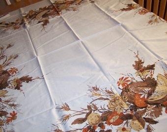 mint Luther travis vintage tablecloth