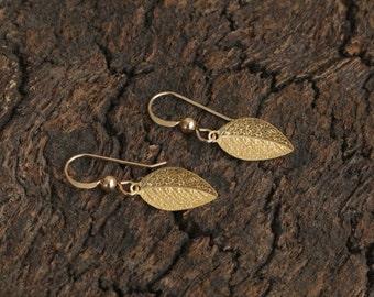 Small Gold Leaf Dangles, Leaf Earrings, Autumn Leaf Jewelry, Leaf Drop Earrings, Small Leaf Earrings, Gold Leaf, Gold Jewelry for Her