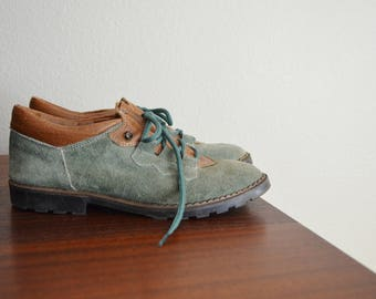 vintage 80s green suede brown leather lace up oxfords shoes flats -- womens 8