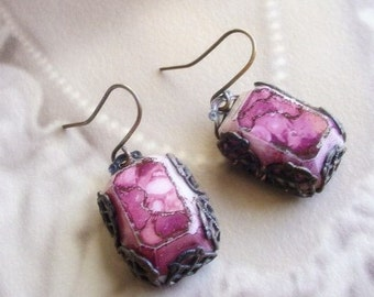 Rose Glass Earrings - Brass and Crackle Glass