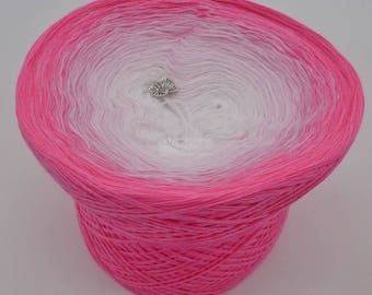 Lady Dee's Traumgarne - Sakura - Candy outside  - 4 ply gradient yarn, 5 colors, Color Changing Yarn