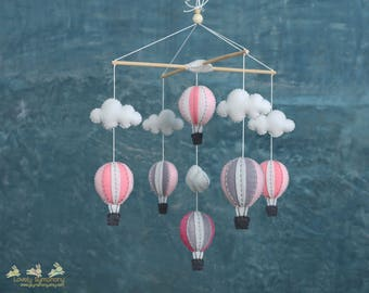 Up in the air - Pink and grey baby mobile - pastel baby crib mobile - hot air balloons baby mobile- up in the sky, pastel nursery design