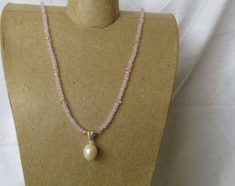 Small pink faceted crystals with a freshwater pearl pendant necklace