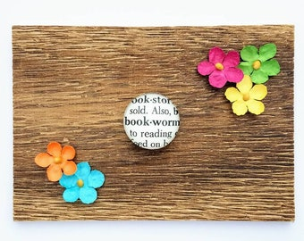 Bookworm, Magnet, Book Lover Gift, Teacher Gift, Friend Gift, Vintage, Dictionary Magnet, Best Friend Gift, Mom Gift, Mother's Day Gift