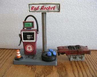Fallout 3 or 4  RED  ROCKET gas staion  model