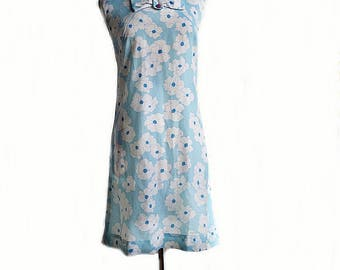 Vintage 60s floral sheath dress/ powder blue & white flowers/ preppy vintage dress/ front bow/ Exclamation Point summer dress