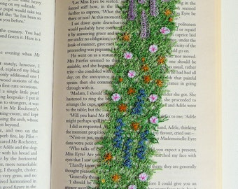Cottage Garden bookmark: textile art, free machine embroidery