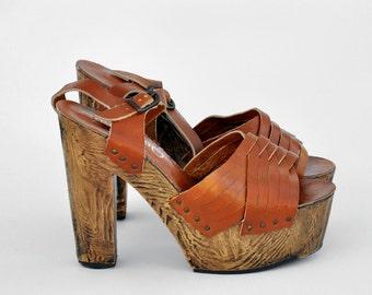 vintage MONSTER WOOD GROMMET platforms - us 9-9.5 / Europe 40-41 / uk 6.5-7 / au 7.5-8